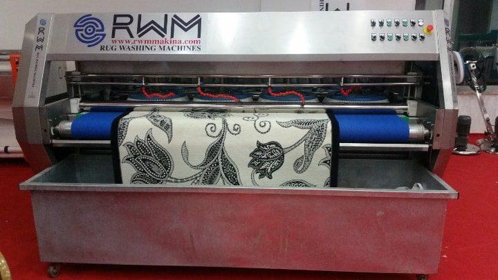 Fully automatic rug washing machine